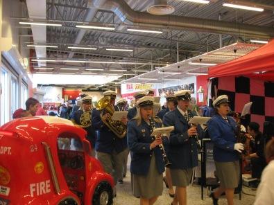 Musikkåren på Bergviks köpcentrum