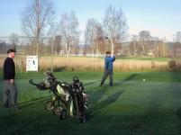 Thryggve Engsström slår ut på hål 16