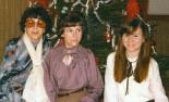 Nora Ingrid o Janeth jul runt 1977 inskannad dålig kvalitet