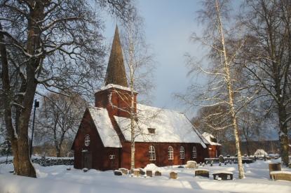Sunnemo kyrka och lite sol ...