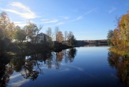 Vy mot Rådasjön från gamla bron