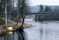 Uvån mot nya bron