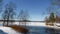 Rådasjön med Borrberg i bakgrunden