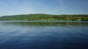 Lidsjön från bryggan S:a Väsby. Det påstås att gäddstammen numera lär ha återhämtat sig
