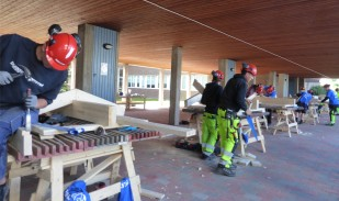 VM i Bygg, takstolsbygge var dagens uppgift