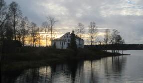 Herrgården från gamla bron