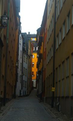 Gränd i Gamla stan från Skeppsbron