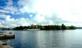 Skeppsholmen med Af Chapman från Skeppsbron