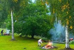 2020 0909 Stig o Bosse eldar på